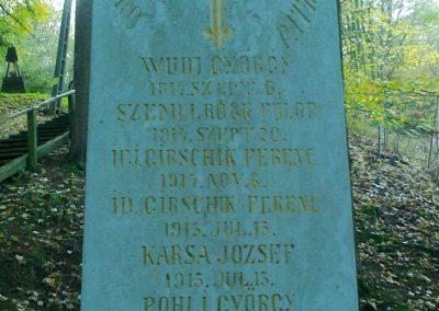 Kisújbánya világháborús emlékmű 2012.11.04. küldő-Turul 68 (2)