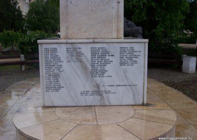 Kisújszállás II.vh emlékmű 2009.05.14. küldő-miki (2)