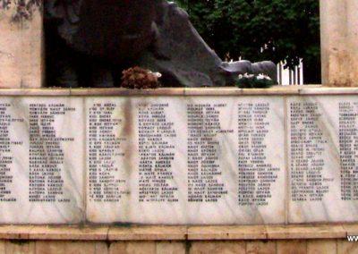 Kisújszállás II.vh emlékmű 2009.05.14. küldő-miki (4)