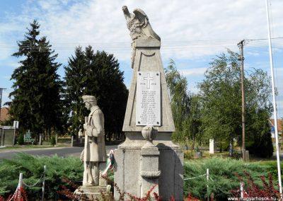 Kisbabot világháborús emlékmű 2012.08.26. küldő-Baloghzoli (3)