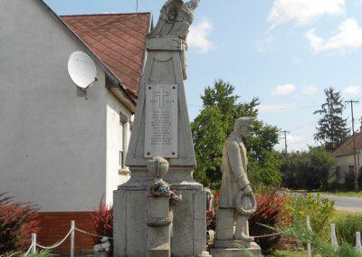 Kisbabot világháborús emlékmű 2012.08.26. küldő-Baloghzoli (5)