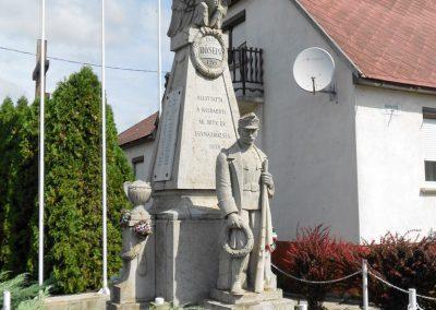 Kisbabot világháborús emlékmű 2012.08.26. küldő-Baloghzoli (7)