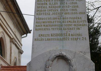 Kisdobsza világháborús emlékmű 2009.03.23.küldő-sümec (3)