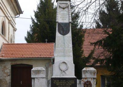 Kisdobsza világháborús emlékmű 2009.03.23.küldő-sümec