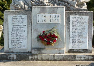 Kisgörbő világháborús emlékmű 2013.04.14. küldő-Sümec (3)