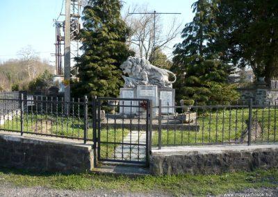Kisgörbő világháborús emlékmű 2013.04.14. küldő-Sümec