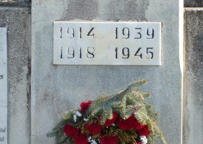 Kisgörbő világháborús emlékmű 2013.04.14. küldő-Sümec (5)