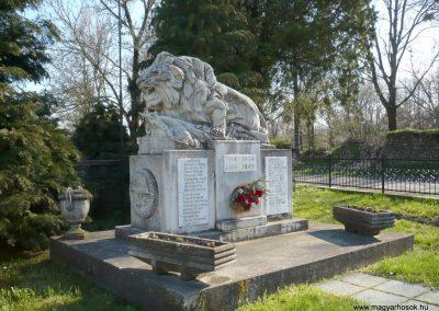 Kisgörbő világháborús emlékmű 2013.04.14. küldő-Sümec (7)