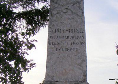 Kisigmánd I. világháborús emlékmű 2012.08.04. küldő-Méri (2)