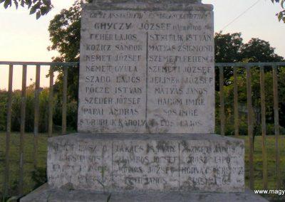 Kisigmánd I. világháborús emlékmű 2012.08.04. küldő-Méri (3)