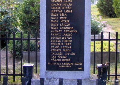 Kisigmánd II. világháborús emlékmű 2012.08.04. küldő-Méri (2)