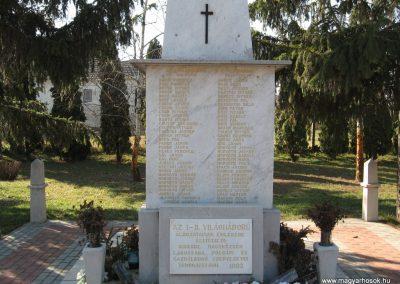 Kisköre világháborús emlékmű 2008.02.25.küldő-kalyhas (4)