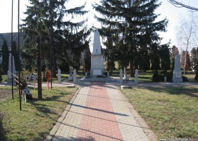 Kisköre világháborús emlékmű 2008.02.25.küldő-kalyhas