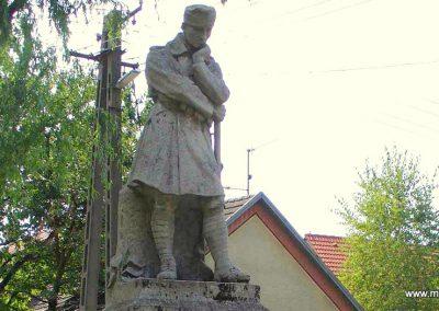 Kiskőrös I. világháborús emlékmű 2007.08.21. küldő-Hunmi (1)