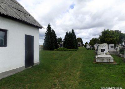 Kiskinizs II. világháborús emlékmű 2014.08.24. küldő-kalyhas (4)