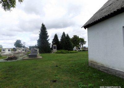 Kiskinizs II. világháborús emlékmű 2014.08.24. küldő-kalyhas
