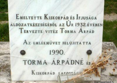 Kiskorpád világháborús emlékmű 2012.04.19. küldő-Sümec (12)