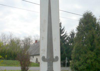 Kiskorpád világháborús emlékmű 2012.04.19. küldő-Sümec