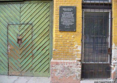 Kiskunfélegyháza I.vh emlékhelyek 2007.08.21.küldő-Hunmi