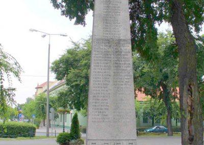 Kiskunhalas világháborús emlékmű 2007.08.21. küldő- Hunmi (9)