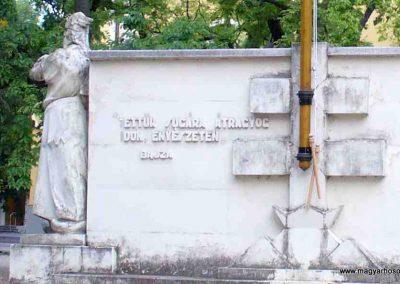Kiskunmajsa I. világháborús emlékmű 2007.08.21. küldő-HunMi (1)