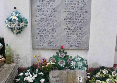 Kiskunmajsa II. világháborús emlékmű 2007.08.21.küldő-HunMi (3)