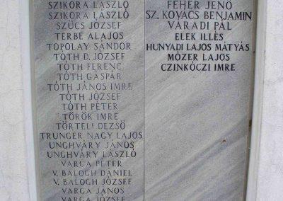 Kiskunmajsa II. világháborús emlékmű 2007.08.21.küldő-HunMi (5)