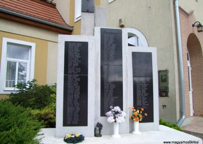 Kisláng II. világháborús emlékmű 2015.06.19. küldő-FHeni