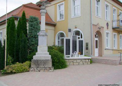 Kisláng II. világháborús emlékmű 2015.06.19. küldő-FHeni (8)