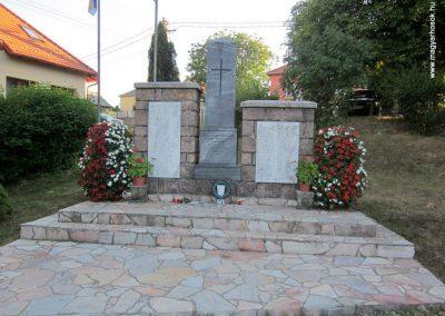 Kislőd világháborús emlékmű 2013.08.17. küldő-kalyhas (2)