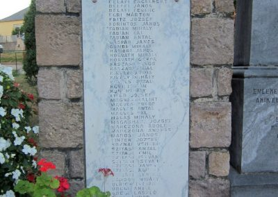 Kislőd világháborús emlékmű 2013.08.17. küldő-kalyhas (3)