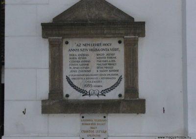 Kisoroszi I.vh emléktábla a ref.templom oldalán 2009.10.11. küldő-HunMi (1)