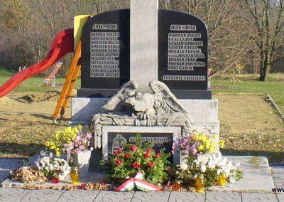 Kispáli világháborús emlékmű 2009.11.16. küldő-HunMi (1)