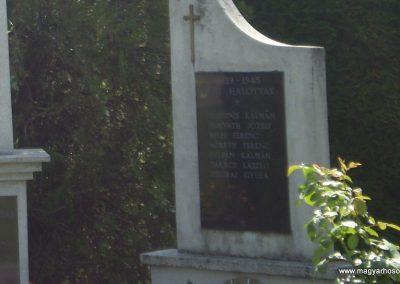 Kisrécse világháborús emlékmű 2009.08.12.küldő-SOLEN (3)