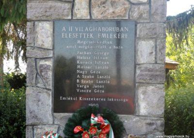 Kisszekeres II. világháborús emlékmű 2017.05.28. küldő-kalyhas (2)