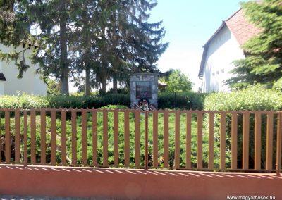 Kisszekeres II. világháborús emlékmű 2017.05.28. küldő-kalyhas