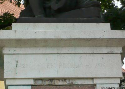 Kistelek I. világháborús emlékmű 2013.07.15. küldő-Sümec (12)