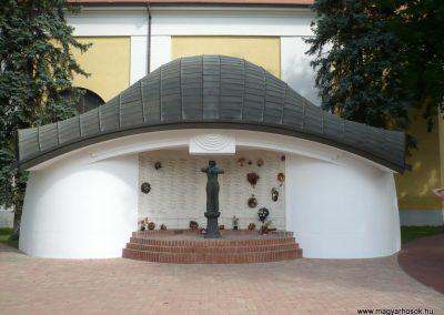 Kistelek II.világháborús emlékmű 2013.07.15. küldő-Sümec (1)