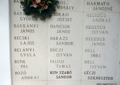 Kistelek II.világháborús emlékmű 2013.07.15. küldő-Sümec (11)