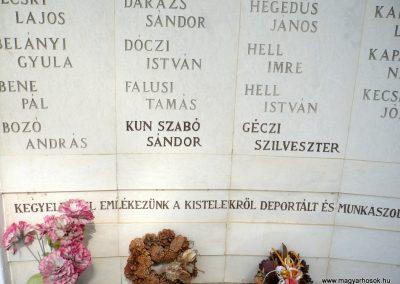 Kistelek II.világháborús emlékmű 2013.07.15. küldő-Sümec (12)