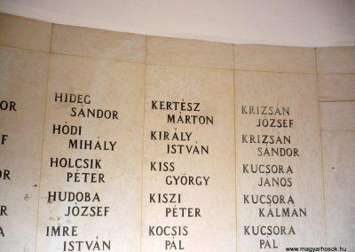 Kistelek II.világháborús emlékmű 2013.07.15. küldő-Sümec (13)
