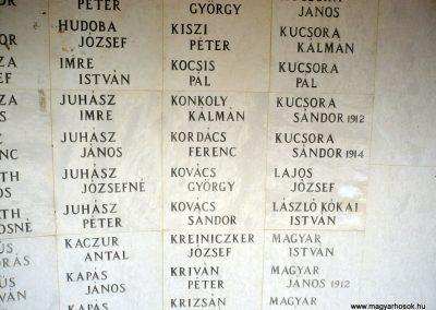 Kistelek II.világháborús emlékmű 2013.07.15. küldő-Sümec (14)