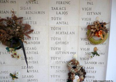 Kistelek II.világháborús emlékmű 2013.07.15. küldő-Sümec (22)