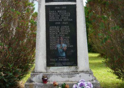 Kistolmács világháborús emlékmű 2009.05.23.küldő-Ágca (2)