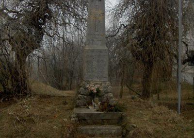 Kisunyom világháborús emlékművek 2009.01.10.küldő-gyurkusz (1)