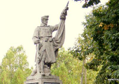 Kiszombor I. világháborús emlékmű 2012.09.06. küldő-Erika 67 (1)