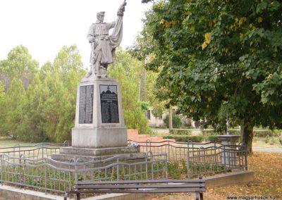 Kiszombor I. világháborús emlékmű 2012.09.06. küldő-Erika 67