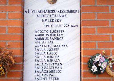 Kiszombor II. világháborús emlékmű 2012.09.06. küldő-Erika 67 (1)