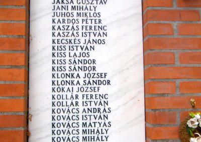 Kiszombor II. világháborús emlékmű 2012.09.06. küldő-Erika 67 (3)