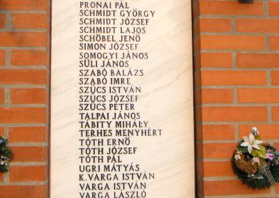 Kiszombor II. világháborús emlékmű 2012.09.06. küldő-Erika 67 (4)